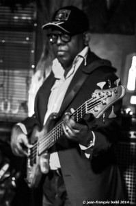 jean-jacque Mboma ( basse)